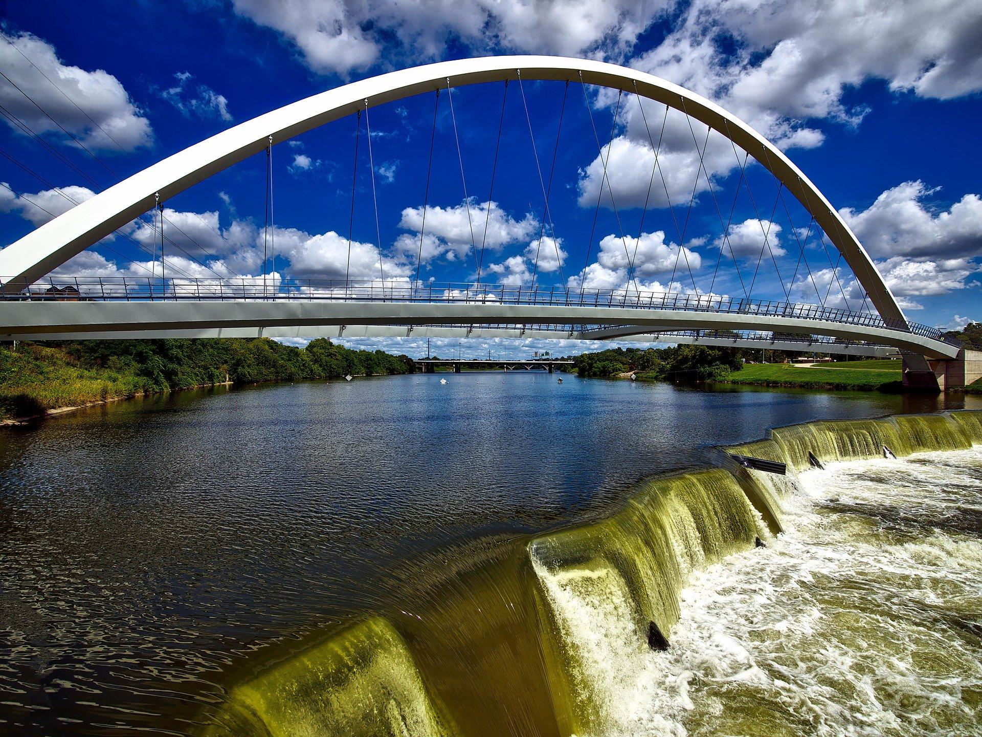 bridge-1728531_1920